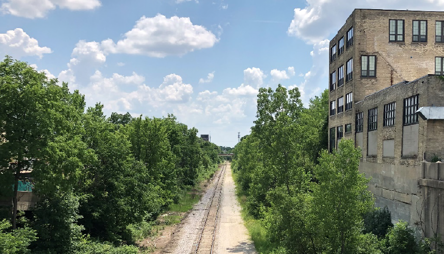 View of the 30th Street Corridor in Milwaukee, looking south from the North Avenue Bridge (taken in July 2020) | Courtesy RTC