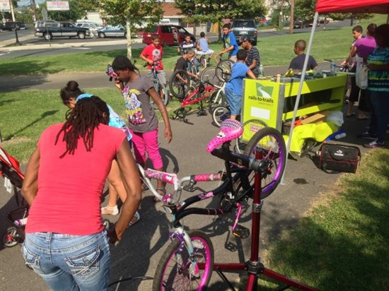 Youth Engagement | Rails-to-Trails Conservancy