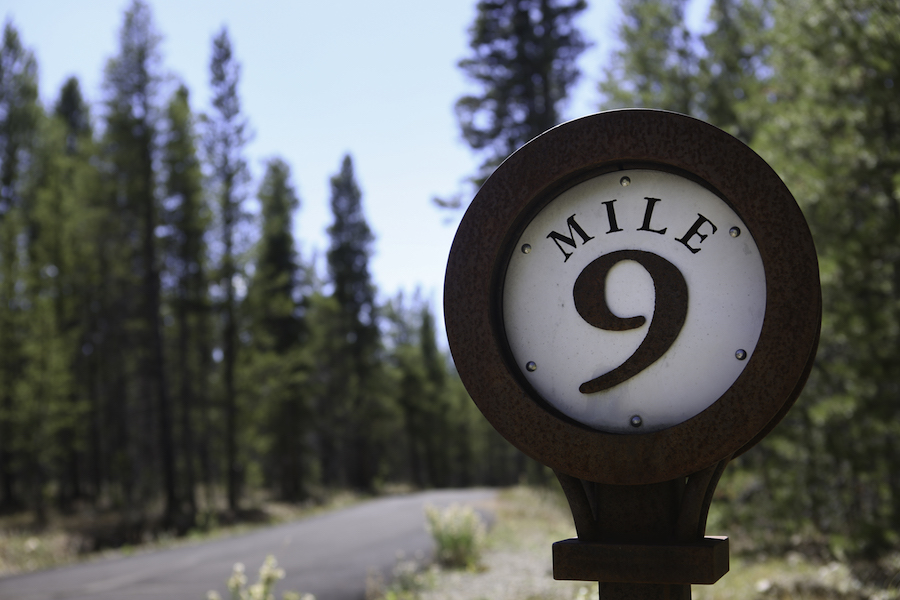 Mile 9 marker on Mineral Belt Trail | Photo by Scott Stark