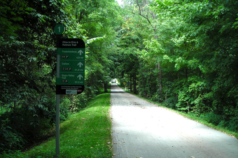 Holmes County Trail (Part of Ohio to Erie Trail) | Photo by Calvin Holderbaum