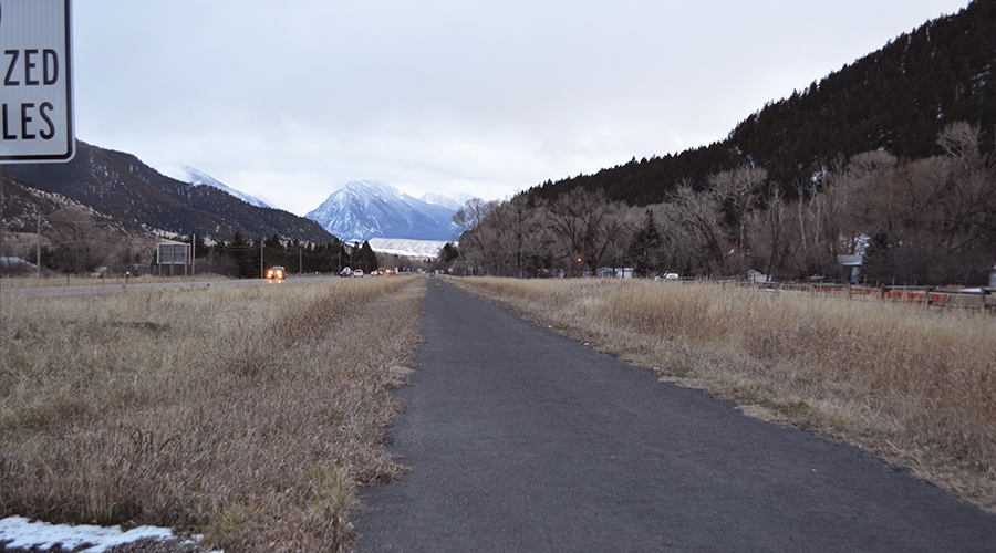 Highway 89 South Pedestrian Trail in Montana | Photo by Kevin Belanger, courtesy Rails-to-Trails Conservancy