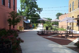 Albany Plaza along Tanglefoot Trail | Photo courtesy GM&O Rails-to-Trails Recreational District of North Mississippi