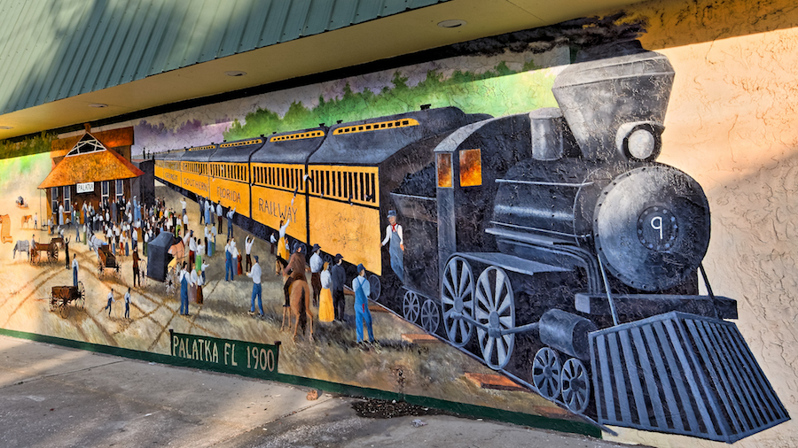 Railroad mural in Palatka | Photo by Allen Forrest