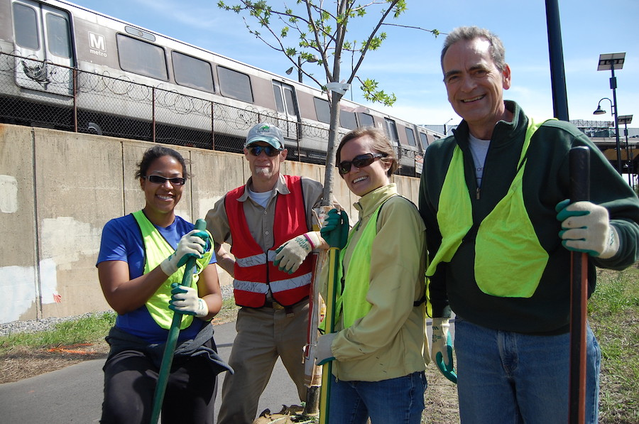 Tree planting along Metropolitan Branch Trail | Photo courtesy RTC