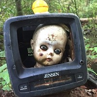 Five Creepy Cool Trailside Attractions